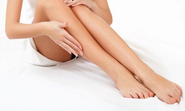 Каким способом лучше начинать брить ноги?