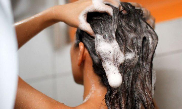 Как приготовить пилинг для кожи головы