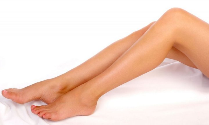 Боремся с проблемой врастания волос на ногах