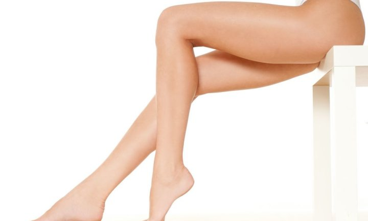 Как правильно брить ноги выше колена
